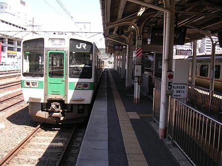 福島駅ホーム1