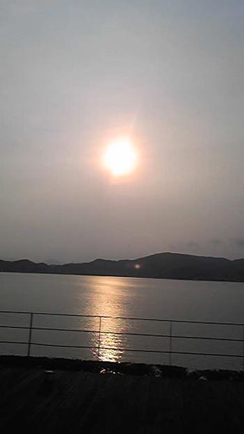 浜名湖にて。ローランドの研...