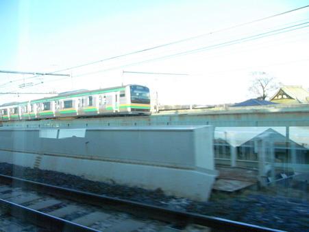 E231系湘南新宿ライングリーン車1Fの車窓32