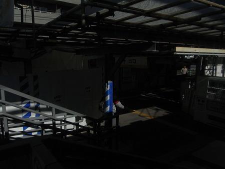 東門前駅改札