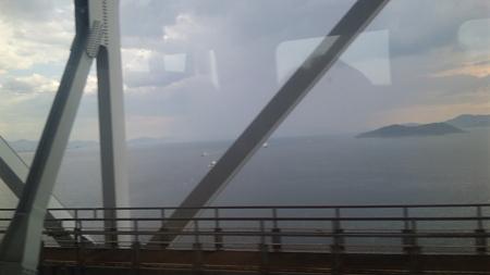 しおかぜ22号の車窓3(瀬戸大橋)