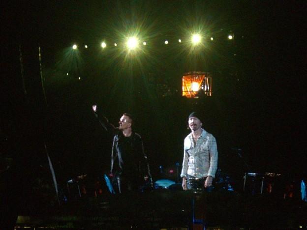 2009-09-24_U2 (23)CurtainCall_5_R