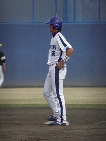 076 2塁には松井佑