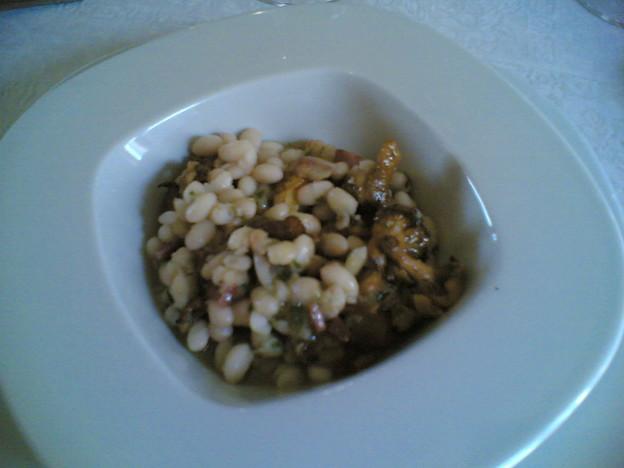 豆とキノコと豚肉と