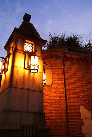 街を照らす光