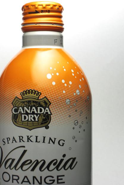 CANADA DRY SPARKLING Valencia ORANGE