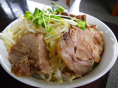 麺の家 渚 ビッグウェーブ肉ましつけめん チャーシューアップ