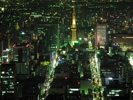 名古屋夜景:役割を終えたテレビ塔