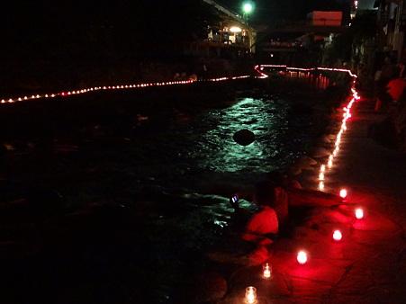 足助夏祭り:足助川下流側の万灯