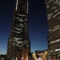写真: 横浜ランドマークタワー