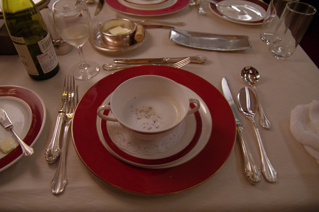 s7132_トワイライトエクスプレス食堂車_フランス料理2