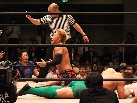 ドラゴンゲート オープン・ザ・ドリームゲート選手権 望月成晃vs戸澤陽 20111012 (18)