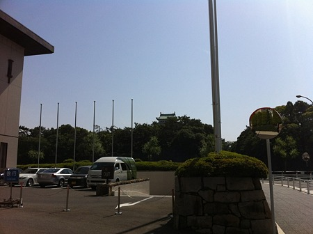 キャッスルから名古屋城をのぞむ