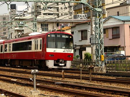 2100形(神奈川新町)