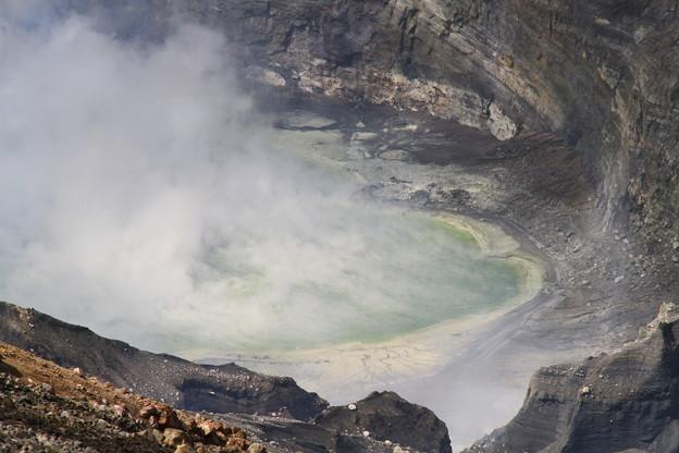 Photos: 100512-92九州地方ロングツーリング・阿蘇中岳噴火口21