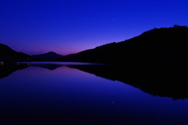 宵の明星ダムの上