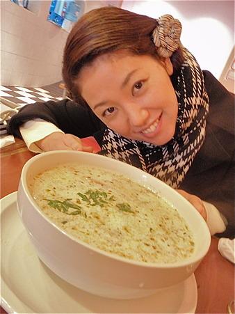 スープがこんなにでっかい