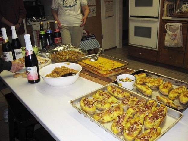 Thanksgiving_Dinner-2010