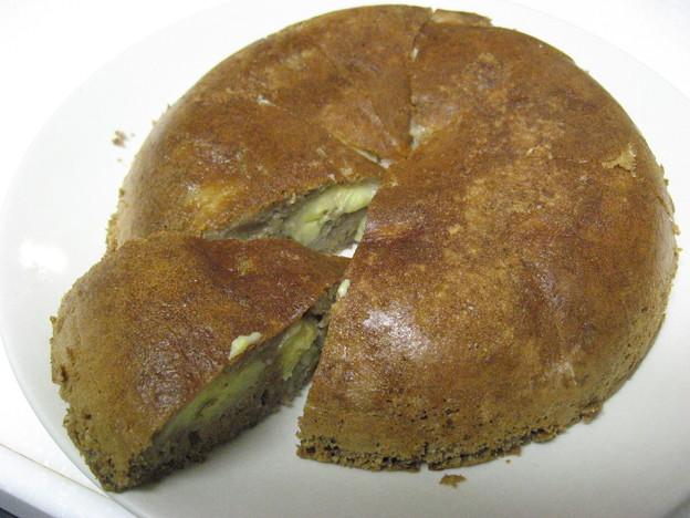 写真: 自家製チョコバナナケーキ